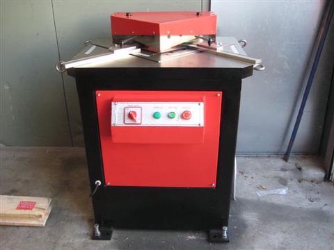 Hydraulic Notching Machines